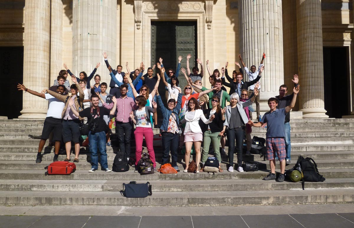 marches-pantheon-groupe